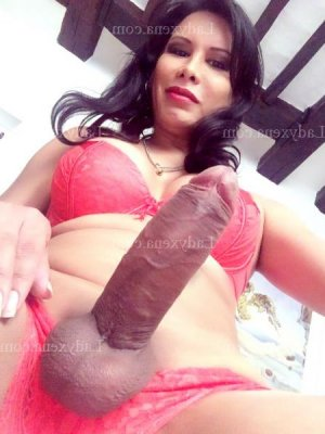 Amilia massage ladyxena escort