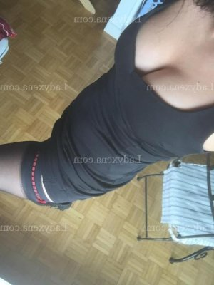 Nessie massage tantrique escorte sexemodel